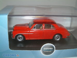 【送料無料】模型車 モデルカー スポーツカー オックスフォード143 mg za magnette red oxford