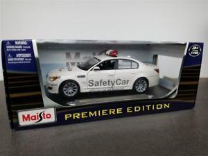 【送料無料】模型車 モデルカー スポーツカー セーフティカーモトモデルbmw m5 moto gp safety car 2007 die cast model white by maisto 36144