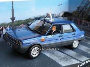 【送料無料】模型車 モデルカー スポーツカー ジェームスボンドルノータクシーキルカームーア#パッケージ