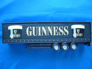 【送料無料】模型車 モデルカー スポーツカー コーギーギネスサイドカーテントレーラースケールcorgi guinness curtainside trailer 150 scale