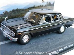【送料無料】模型車 モデルカー スポーツカー ジェームスボンドトヨタクラウンライブモデルカー