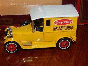 【送料無料】模型車 モデルカー スポーツカー マッチmatchbox yesteryear y5 taystee