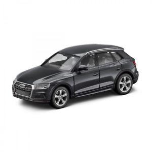 【送料無料】模型車 モデルカー スポーツカー アウディモデルミニチュアaudi q5 modell miniaturformat 187