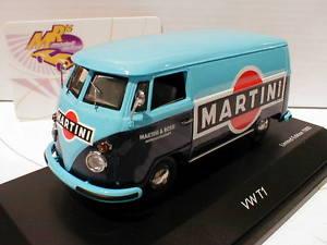 【送料無料】模型車 モデルカー スポーツカー コメフォルクスワーゲンフォルクスワーゲンバスマティーニtoppreis  schuco 03690 volkswagen vw t1 bus baujahr 1967 martini 143