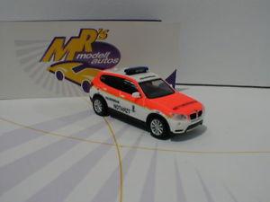 【送料無料】模型車 モデルカー スポーツカー ミュンヘンサービスherpa 093378 bmw x3 feuerwehr mnchen notarzt rettungsdienst 187 neu