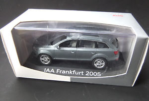 【送料無料】模型車 モデルカー スポーツカー アウディモデル#audi q7 iaa 2005 sondermodell 143 schuco  1587