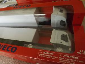 【送料無料】模型車 モデルカー スポーツカー ブランパーソナライゼーションヌフcamion semi remorque iveco stralis 540 blanc ideal personalisation 143 neuf
