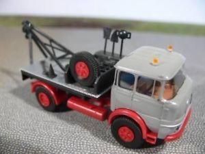 【送料無料】模型車 モデルカー スポーツカー クルップトラックモデルラインハルト187 brekina krupp lf 960 abschleppwagen sondermodell reinhardt
