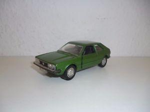【送料無料】模型車 モデルカー スポーツカー モデルカーフォルクスワーゲンシロッコ##schuco modellauto 301620 vw scirocco alt 143 157