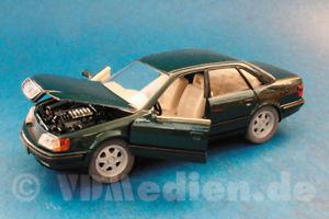 【送料無料】模型車 モデルカー スポーツカー アウディセダングリーンメタリックパッケージ