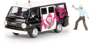 【送料無料】模型車 モデルカー スポーツカー ダッジバスbrekina 34314 187 dodge a 100 bus sheriff grafitti acab neu
