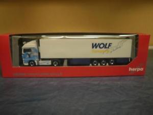 【送料無料】模型車 モデルカー スポーツカー トラックマンオオカミherpa lkw man tgx xlx aerop khlksz wolf transporte