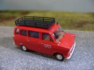 【送料無料】模型車 モデルカー スポーツカー フォードトランジットウィーン187 brekina ford transit feuerwehr wien a