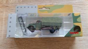 【送料無料】模型車 モデルカー スポーツカー フォードケルンherpa 745475 187 ford kln planenlkw bundeswehr neu