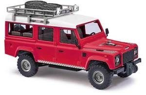 【送料無料】模型車 モデルカー スポーツカー ブッシュランドローバーディフェンダーライオンbusch landrover defender lion 50360