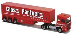 【送料無料】模型車 モデルカー スポーツカー トラックガラスパートナーawm lkw daf xf 105 sc aerop innenladersz glass partner