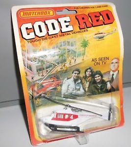 【送料無料】模型車 モデルカー スポーツカー マッチコードレッドmatchbox code red 81´ in ovp