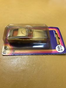 【送料無料】模型車 モデルカー スポーツカー フェラーリカードドイツミントsiku ferrari berlinetta 975 gtb 1012 made in germany mint on card