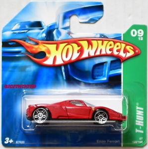 【送料無料】模型車 モデルカー スポーツカー ホットホイールトレジャーハントエンツォフェラーリシートショートカードhot wheels 2007 reg treasure hunt enzo ferrari w red seats short card w