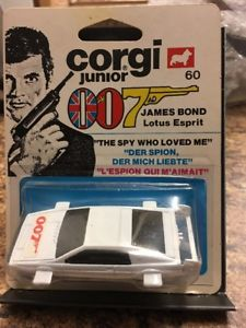 【送料無料】模型車 モデルカー スポーツカー ジェームズボンドロータスエスプリスケール1977 corgi james bond 007 lotus esprit 164 scale moc