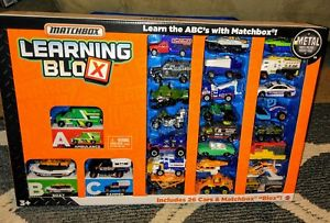 【送料無料】模型車 モデルカー スポーツカー マッチボックスマテルmatchbox learning blox 26 cars, 26 boxes brand ~learn the abc's~mattel