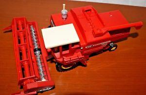 【送料無料】模型車 モデルカー スポーツカー リミテッドマッシーファーガソンハーベスターbritains ltd mhdrescher 1978 masseyferguson combine harvester 760