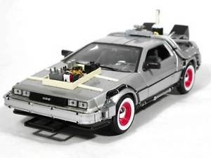 【送料無料】模型車 モデルカー スポーツカー voiture mtal delorean 3 retour vers le futur iii au 124