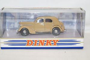 【送料無料】模型車 モデルカー スポーツカー コレクションフォードパイロットブラウンマッチdinky collection dy5c ford v8 pilot 1950 braun 143 matchbox