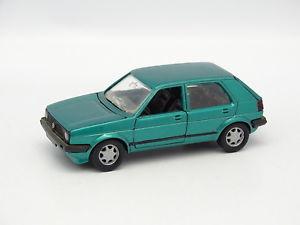 【送料無料】模型車 モデルカー スポーツカー ゴルフschabak sb 143 vw golf ii 5 portes verte