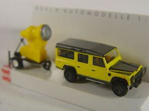 【送料無料】模型車 モデルカー スポーツカー ランドローバーディフェンダーキャノンブッシュホモデルland rover defender m schneekanone  busch ho 187 modell 50355  e