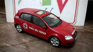 【送料無料】模型車 モデルカー スポーツカー フォルクスワーゲンゴルフスカラvolkswagen golf nbcr vigili del fuoco scala 143