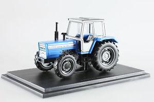 【送料無料】模型車 モデルカー スポーツカー ミニチュアtracteur tracteurs et monde agricole miniature landini 8880 143