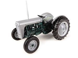 【送料無料】模型車 モデルカー スポーツカー ファーガソンモデルビンテージトタードアモデルferguson to35 launch model 1954 trattore vintage tractor 132 model 4988