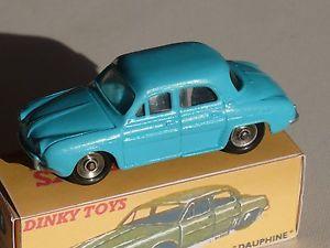 【送料無料】模型車 モデルカー スポーツカー ルノーリストアdinky toys 24 e renault dauphine  restauree restored