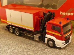 Herpa LKW DAF 106 XF SC PrHZ mit Kran Wormser 307819