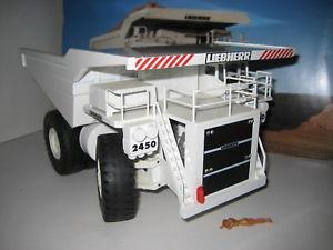 【送料無料】模型車 モデルカー スポーツカー ダンプトラックダンプトラックコンラッドliebherr kl 2450 muldenkipper 27241 conrad ovp