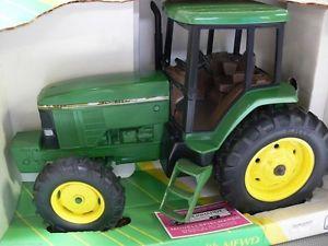 【送料無料】模型車 モデルカー スポーツカー ジョントター116 ertl john deere traktorwith mfwd 7600