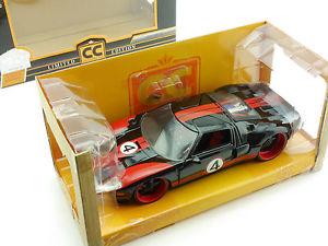 【送料無料】模型車 モデルカー スポーツカー フォードブラックレッドエディションjada toys 96214 2005 ford gt schwarz rot ltd edition 124 ovp 16022715