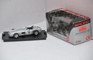 【送料無料】模型車 モデルカー スポーツカー メルセデス#ハムアルジェントmercedes w196 10 gp inghilterra 1955 brumm argento 143