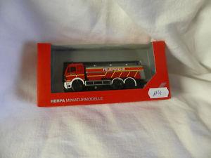 【送料無料】模型車 モデルカー スポーツカー ベンツskタンクherpa 049580 mercedes benz sk 94 tankwagen feuerwehr in der ovp 1128