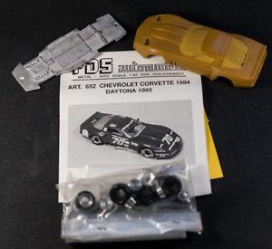 【送料無料】模型車 モデルカー スポーツカー シボレーコルベットデイトナfds automodelli chevrolet corvette 1984 daytona 143 resin car very rare