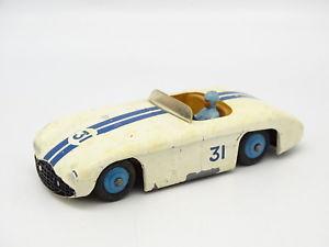 【送料無料】模型車 モデルカー スポーツカー カニンガムdinky toys gb sb 143 cunningham c5r 133