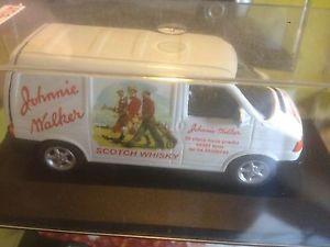 【送料無料】模型車 モデルカー スポーツカー フォルクスワーゲンフォルクスワーゲントランスポータージョニーウォーカーボックススコッチウイスキーvw volkswagen transporter johnnie walker scotch whisky 143 modelcar in box
