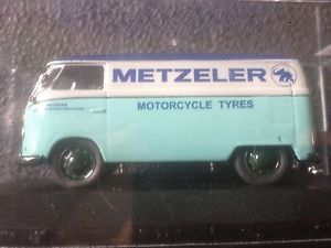 【送料無料】模型車 モデルカー スポーツカー フォルクスワーゲンフォルクスワーゲンオートバイタイヤvw volkswagen t1 metzeler motorcycle tyres 143 modelcar