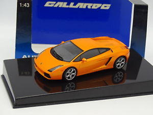 【送料無料】模型車 モデルカー スポーツカー ランボルギーニガヤルドオレンジauto art 143 lamborghini gallardo orange