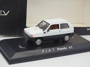 【送料無料】模型車 モデルカー スポーツカー フィアットパンダnorev 143 fiat panda 45 blanche