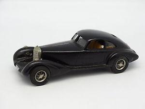 【送料無料】模型車 モデルカー スポーツカー アイデアキットモンメルセデスidea 3 kit mont 143 mercedes 500k autobahn kurier 1934