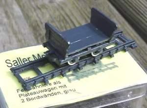 【送料無料】模型車 モデルカー スポーツカー ファイルフィールドボードトロリーlanz feldbahnlore als plateauwagen mit 2 bordwnden  von saller 187