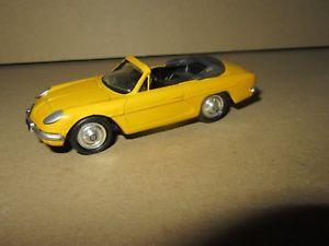 【送料無料】模型車 モデルカー スポーツカー キットアルパインベルリンカブリオレ891f kit artisanal base norev alpine a110 berlinette cabriolet jaune 143