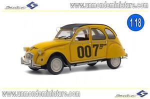 【送料無料】模型車 モデルカー スポーツカー シトロエンジェームズボンドエシェルcitron 2 cv 6 007 james bond 1981 solido so 1850012 echelle 118